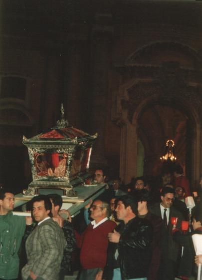 01_processione_solenne_venerdì_anno_2003