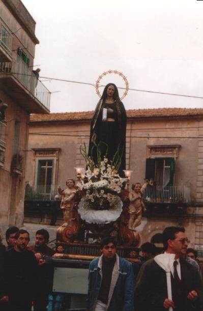 02_addolorata_domenica_anno_2003