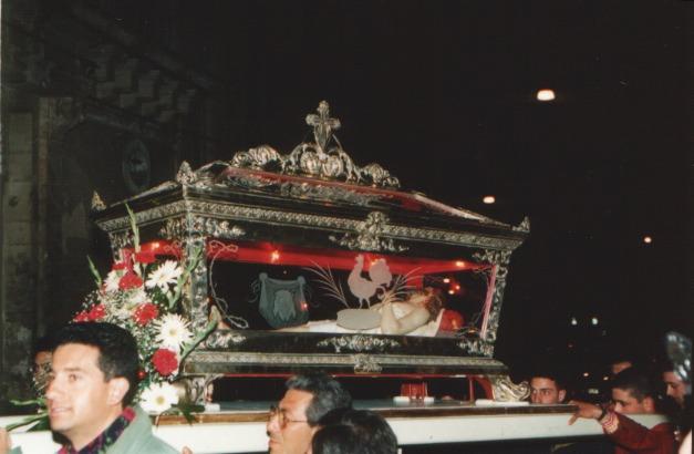 02_processione_solenne_venerdì_anno_2003